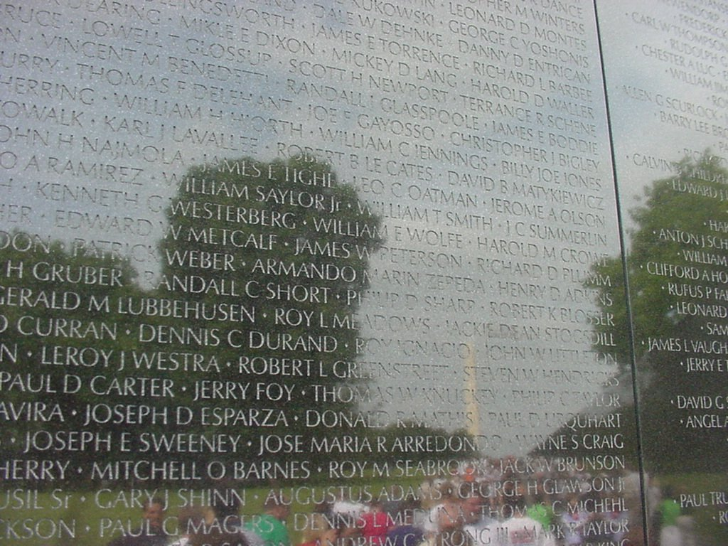 The Vietnam Veterans Memorial: An Example of Courage. Click to enlarge.